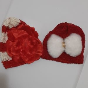 Girls fits 0/3 months hats Excellent cond